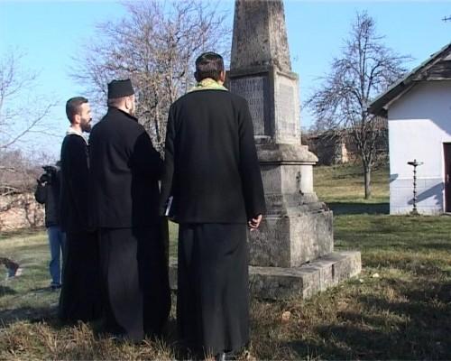 Opelo spomenik