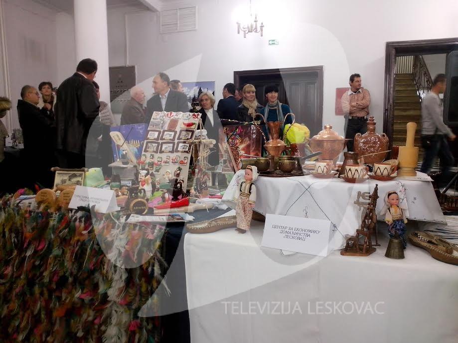 Počeo sajam suvenira u Leskovcu