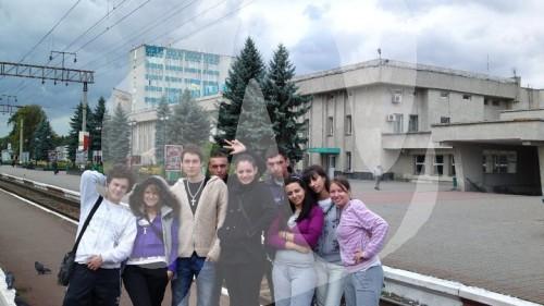 milan conic levo - nasi studenti u ukrajini